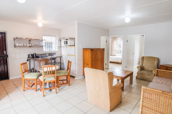 royal-maitland-1-unit156-open-plan-living-room-1