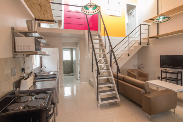 club-resco-furnished-apartments-private-rooms-with-shared-facilities-4