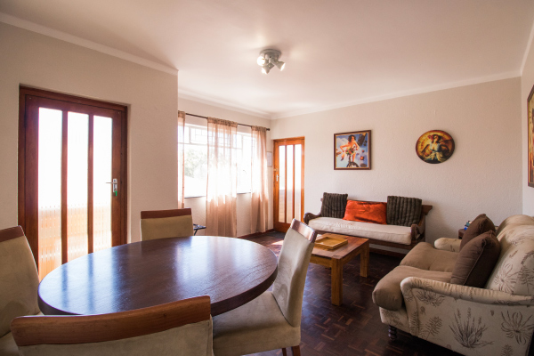 Levana-3-living-room-1