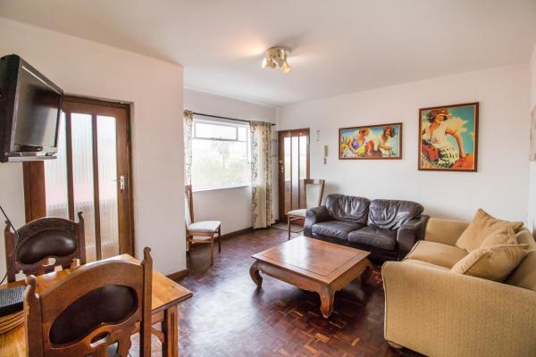 Levana-5-living-room